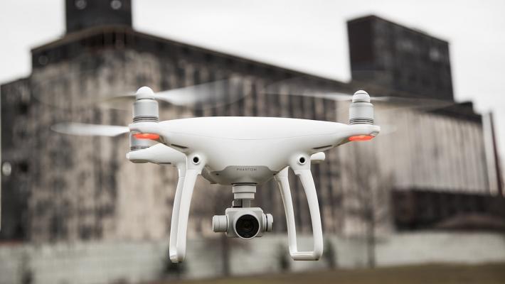 Recenze DJI Phantom 4 – král mezi drony?