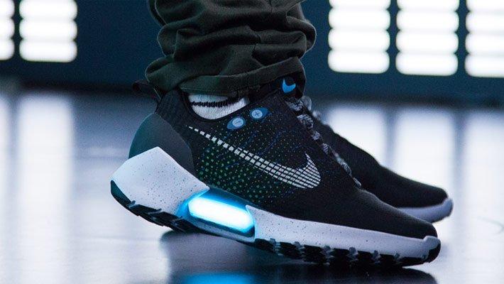 Nike začne 28. listopadu prodávat samozavazovací boty HyperAdapt 1.0