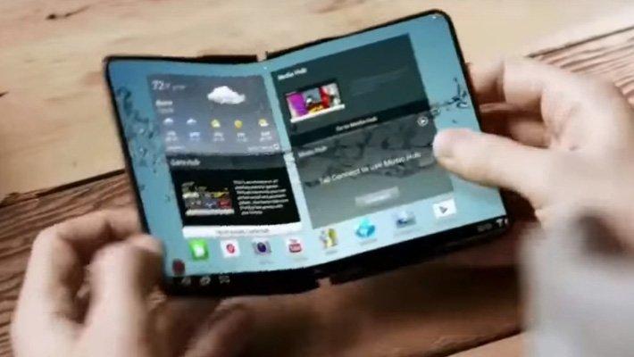 Samsung pracuje na dvou smartphonech se skládacím displejem
